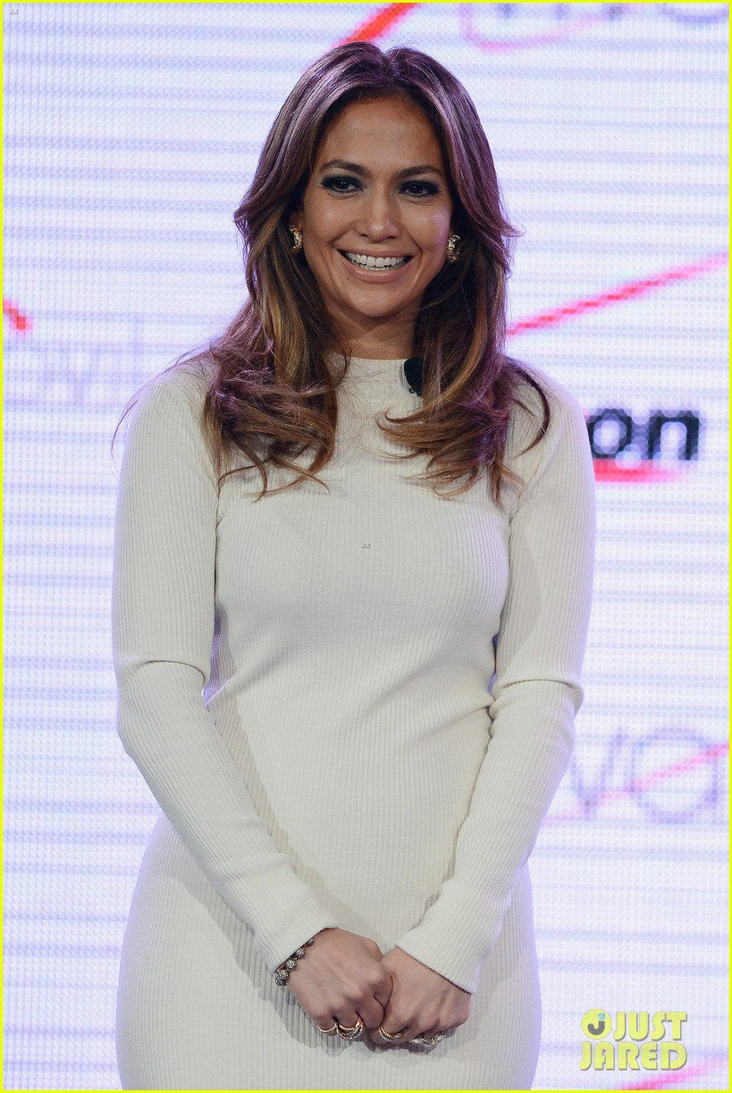 jennifer lopez verizon viva movil press conference 202876345