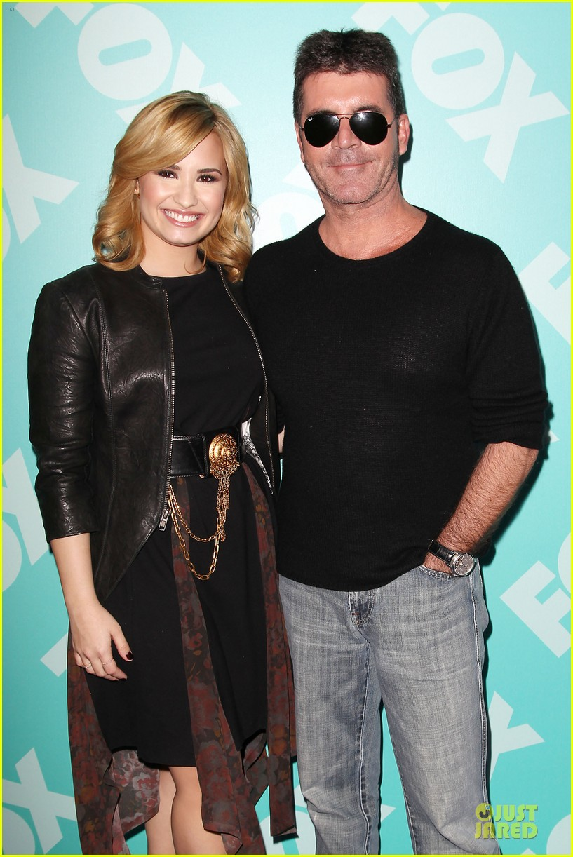 demi lovato fox upfront presentation with simon cowell 022869845