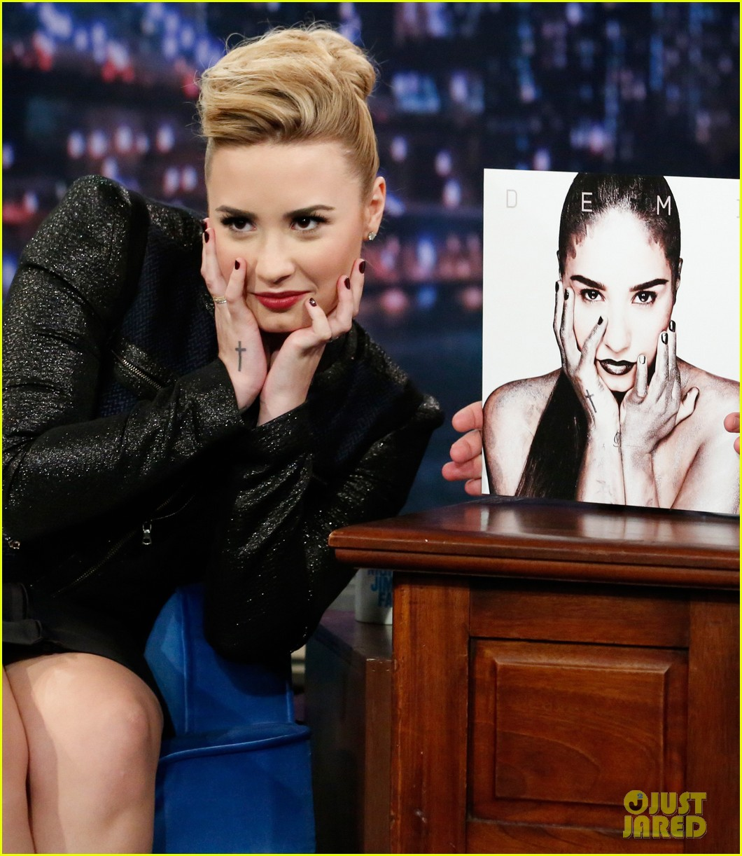 demi lovato promotes demi on late night with jimmy fallon 052871547