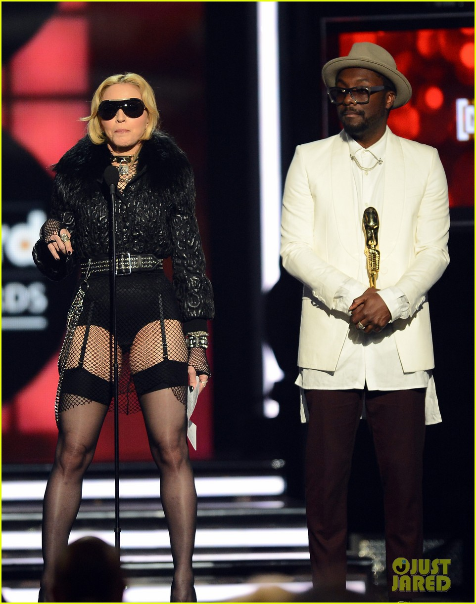 madonna billboard music awards 2013 with william 012874199