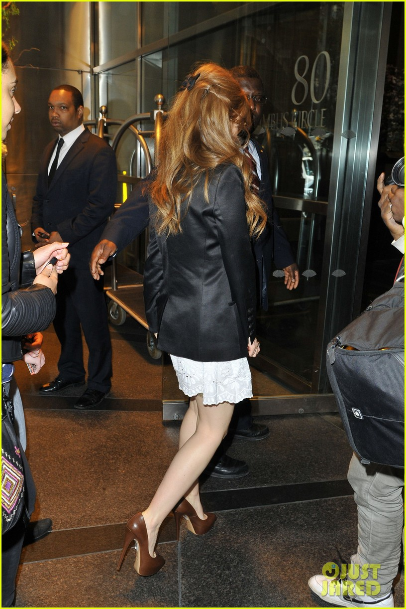 tobey maguire isla fisher great gatsby premiere 092862044
