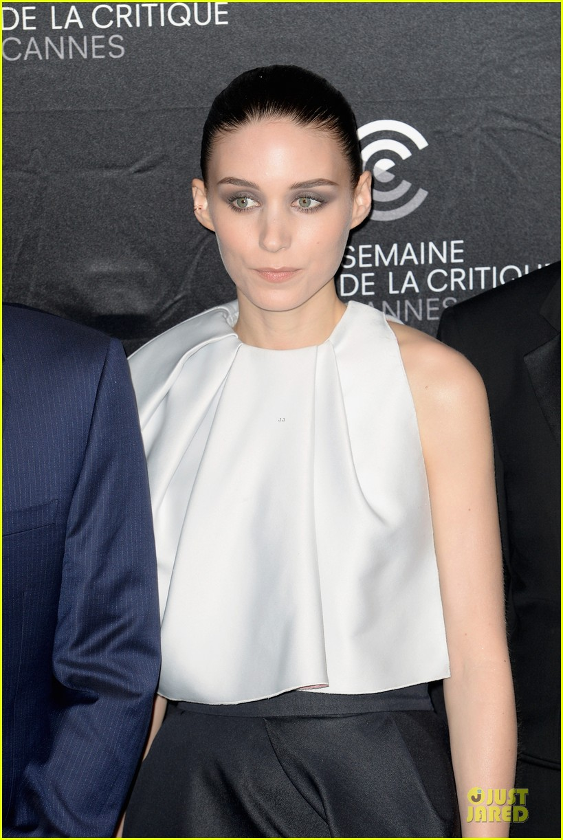 rooney mara aint them bodies saints cannes photo call 132872921