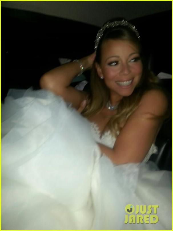 mariah carey nick cannon renew wedding vows at disney 012861803
