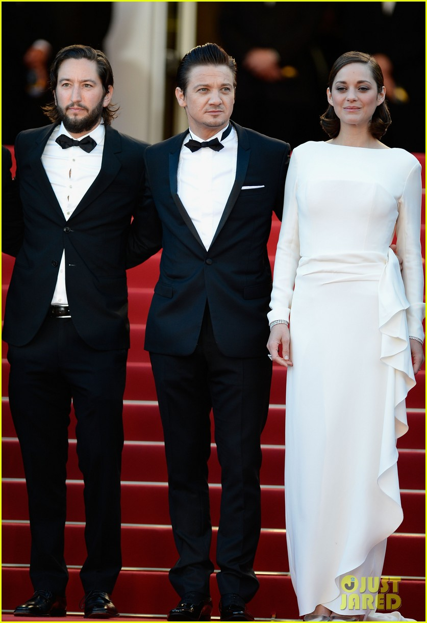 marion cotillard jeremy renner the immigrant cannes premiere 012877514