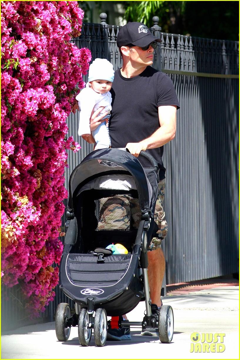 james marsden walks with son william luca 032879153