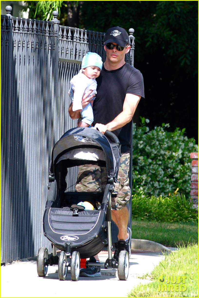 james marsden walks with son william luca 072879157