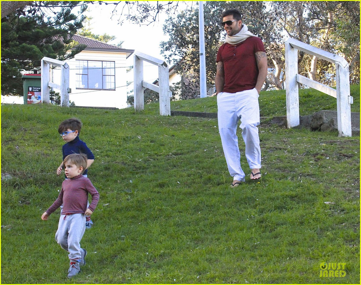 ricky martin bronte park with the twins 082875125