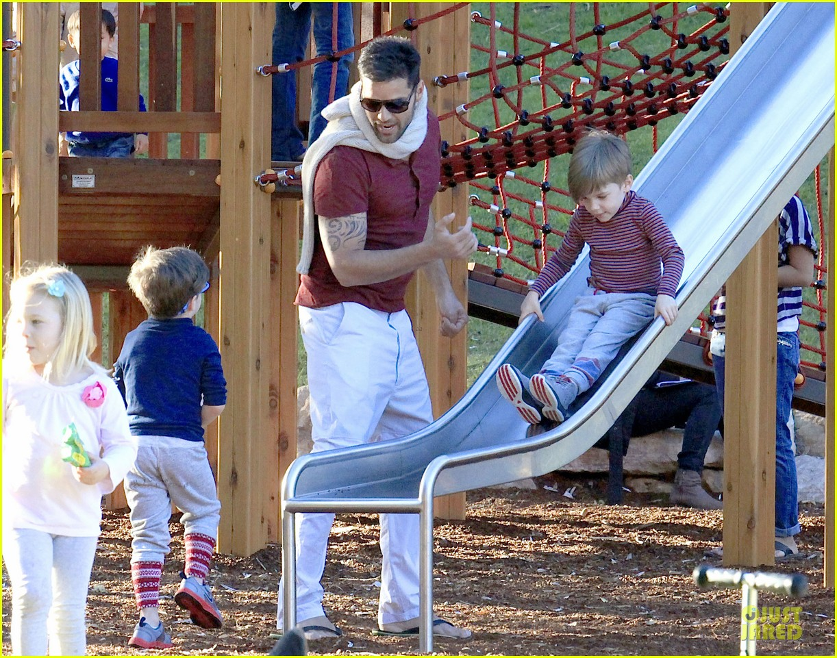 ricky martin bronte park with the twins 112875128