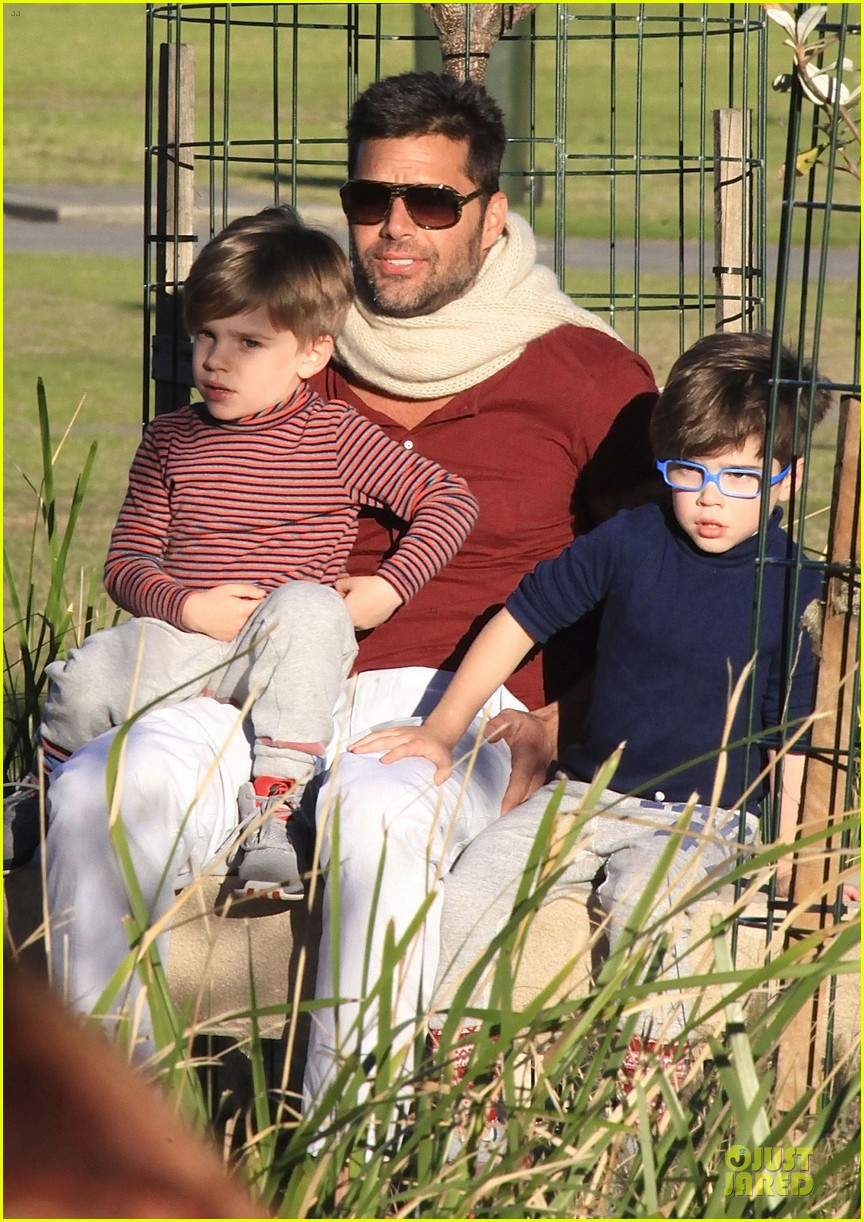 ricky martin bronte park with the twins 172875134