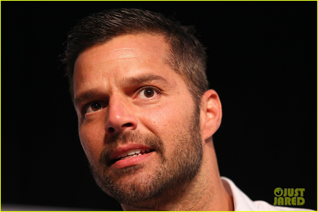 ricky martin meets fans at greatest hits event in australia 042867594