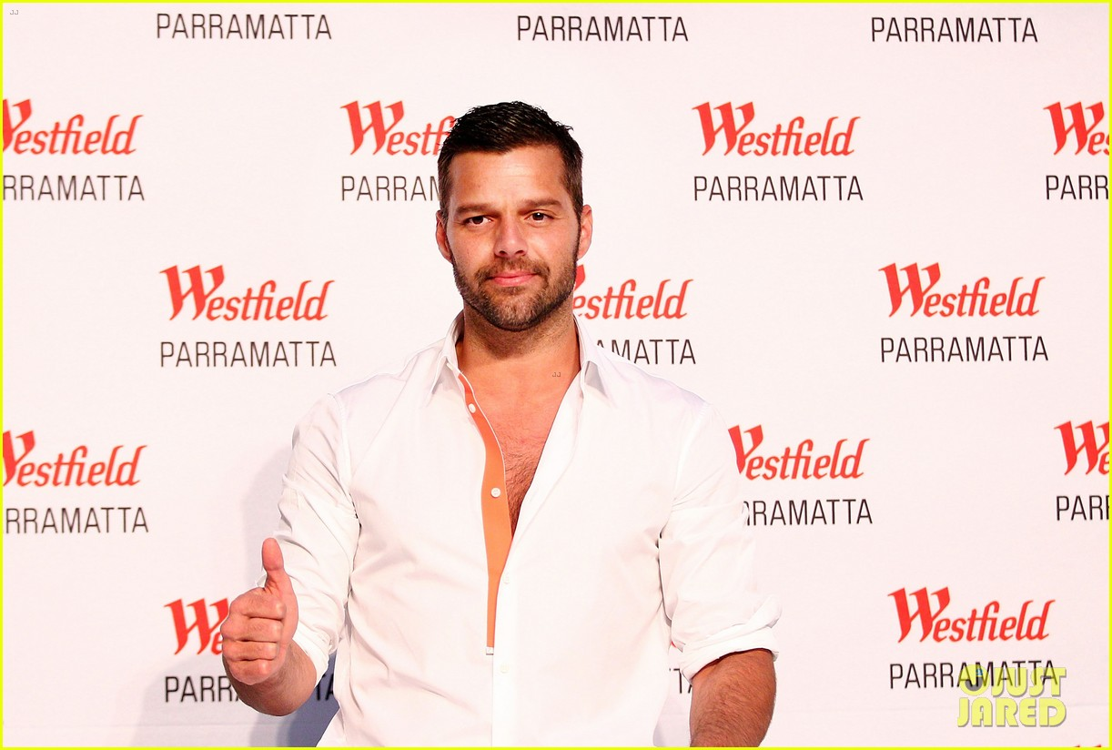 ricky martin meets fans at greatest hits event in australia 072867597