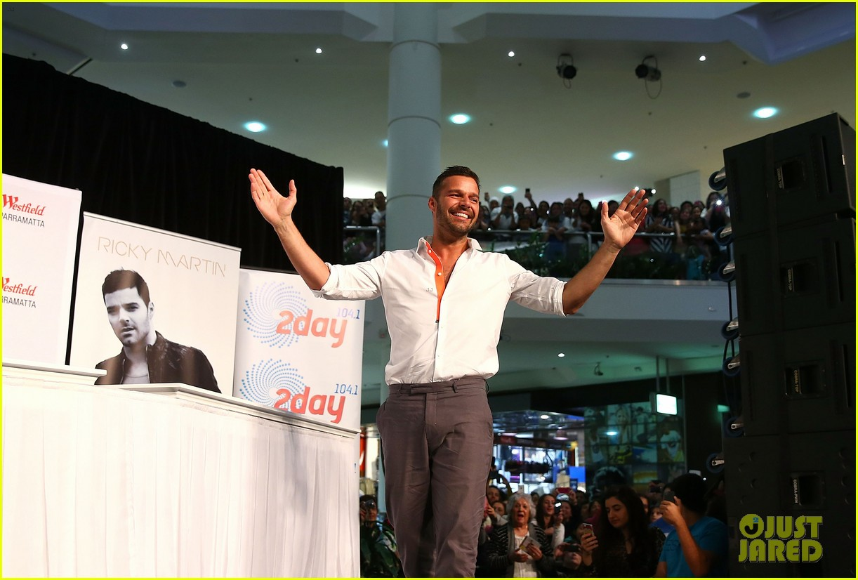 ricky martin meets fans at greatest hits event in australia 132867603