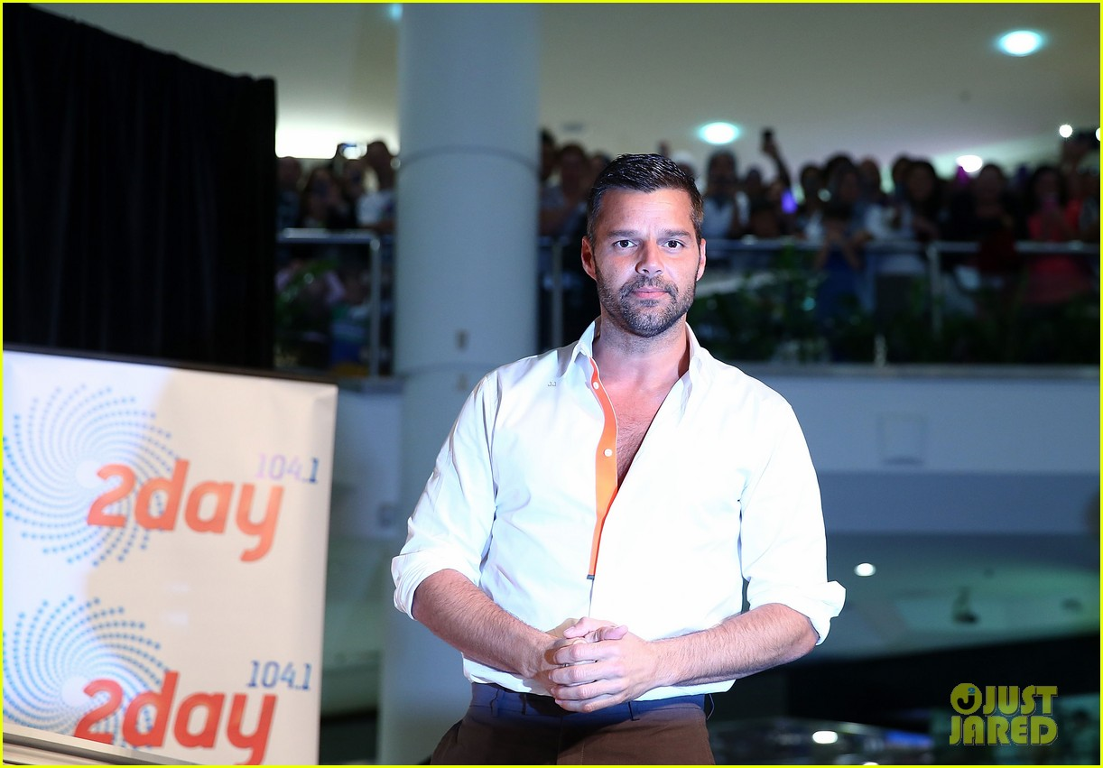 ricky martin meets fans at greatest hits event in australia 142867604