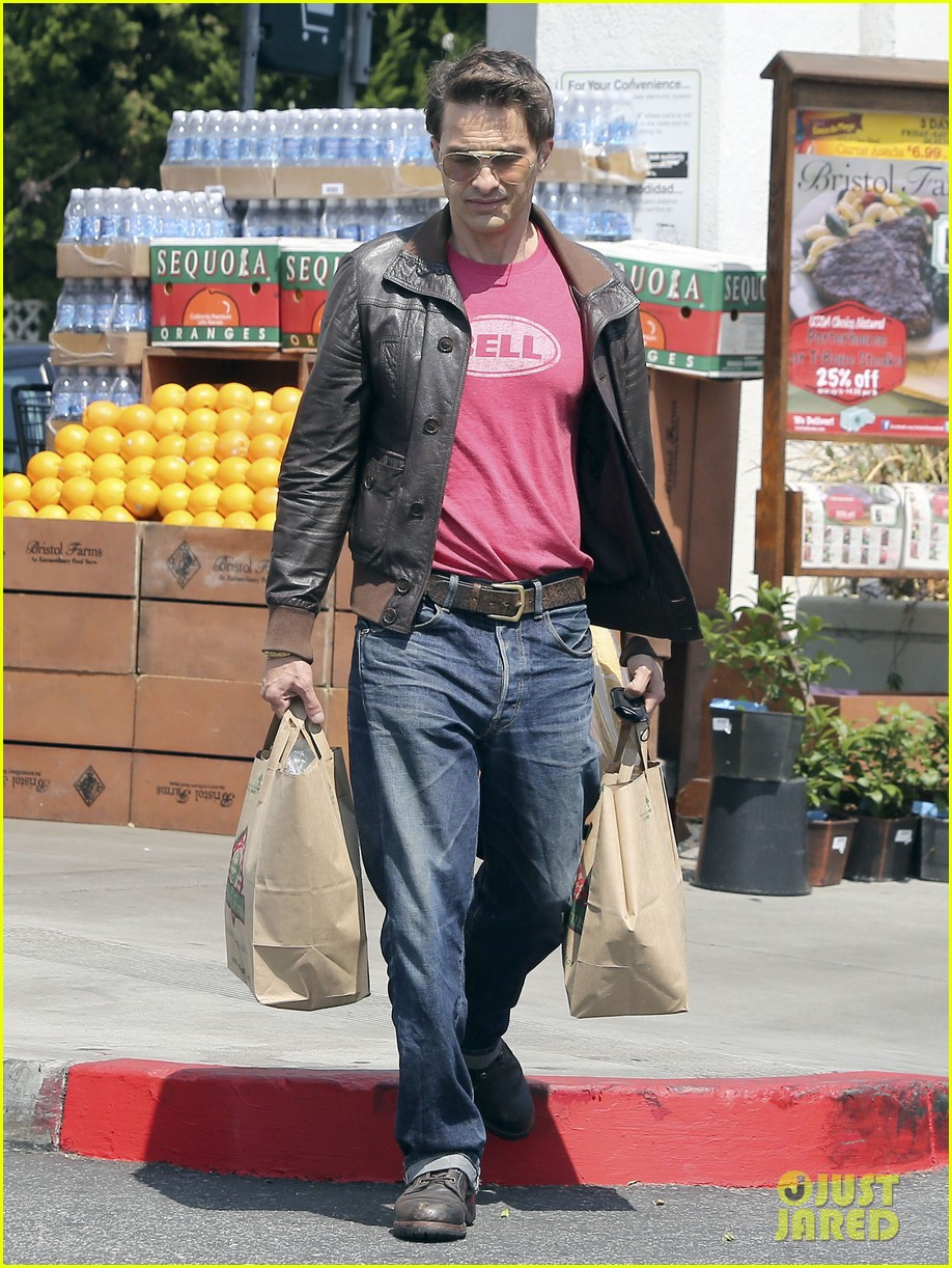 olivier martinez bristol farms snack 052865861