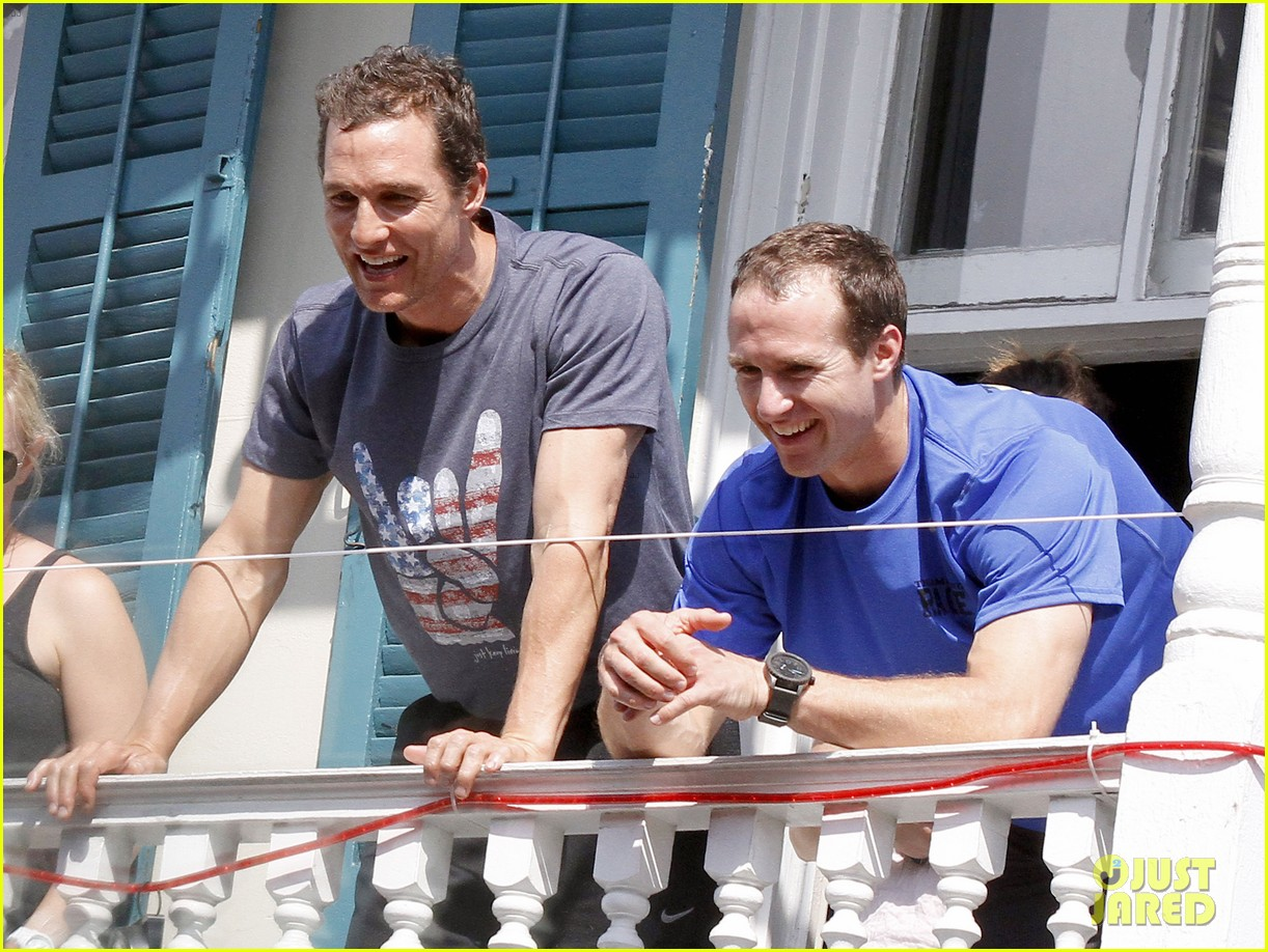 matthew mcconaughey amazing race event with drew brees 022873136