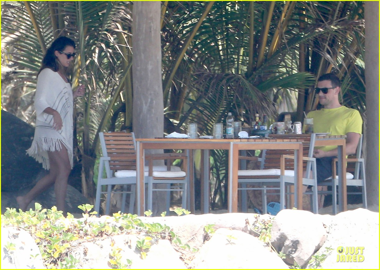 lea michele cory monteith beach lunch in mexico 132866191