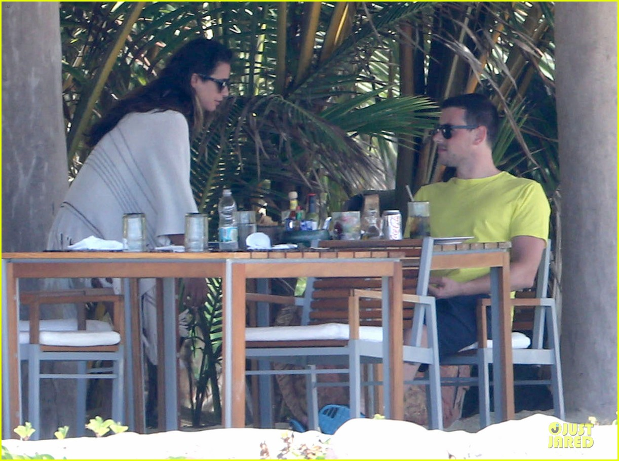 lea michele cory monteith beach lunch in mexico 172866195