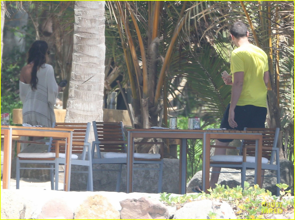 lea michele cory monteith beach lunch in mexico 202866198