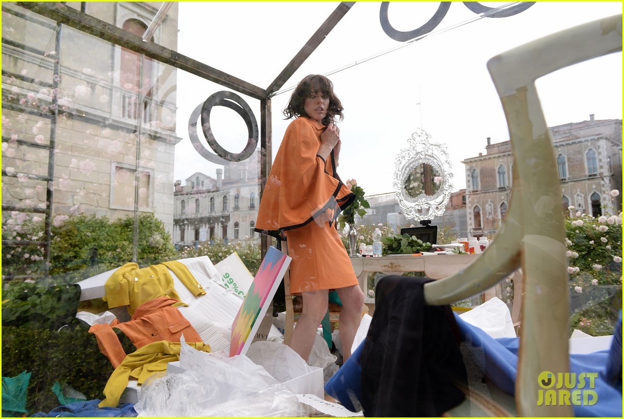 milla jovovich performs in plexiglass for international art exhibition 152879934