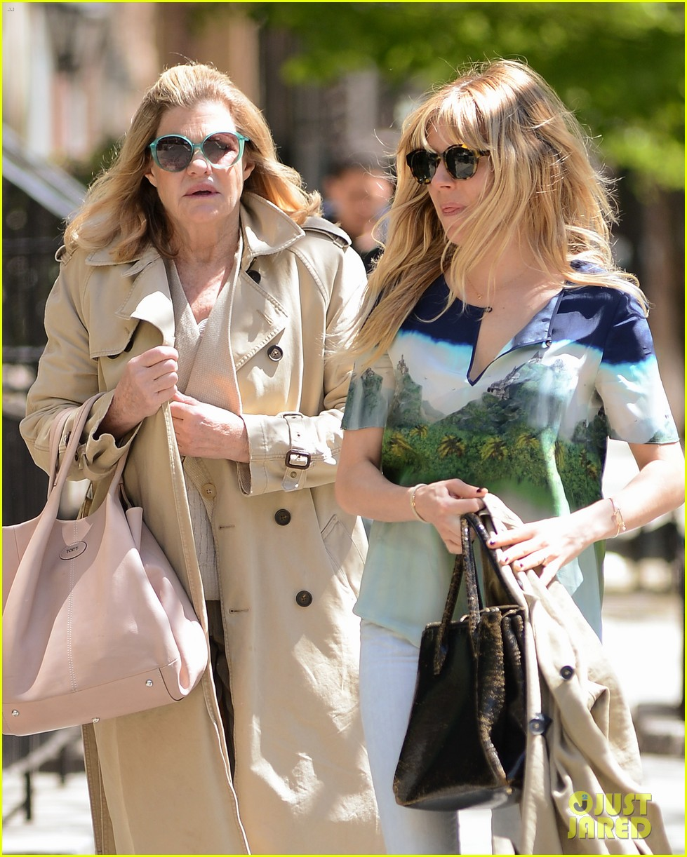 sienna miller lunches with mom tom sturridge is a tony nom 012862143