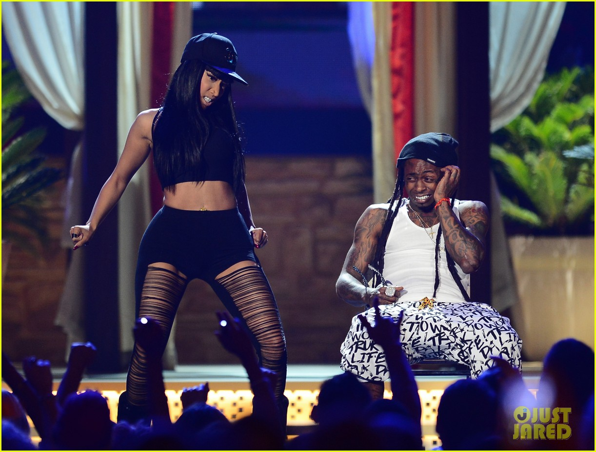 nicki minaj lil wayne billboard awards 2013 performance video 012874330