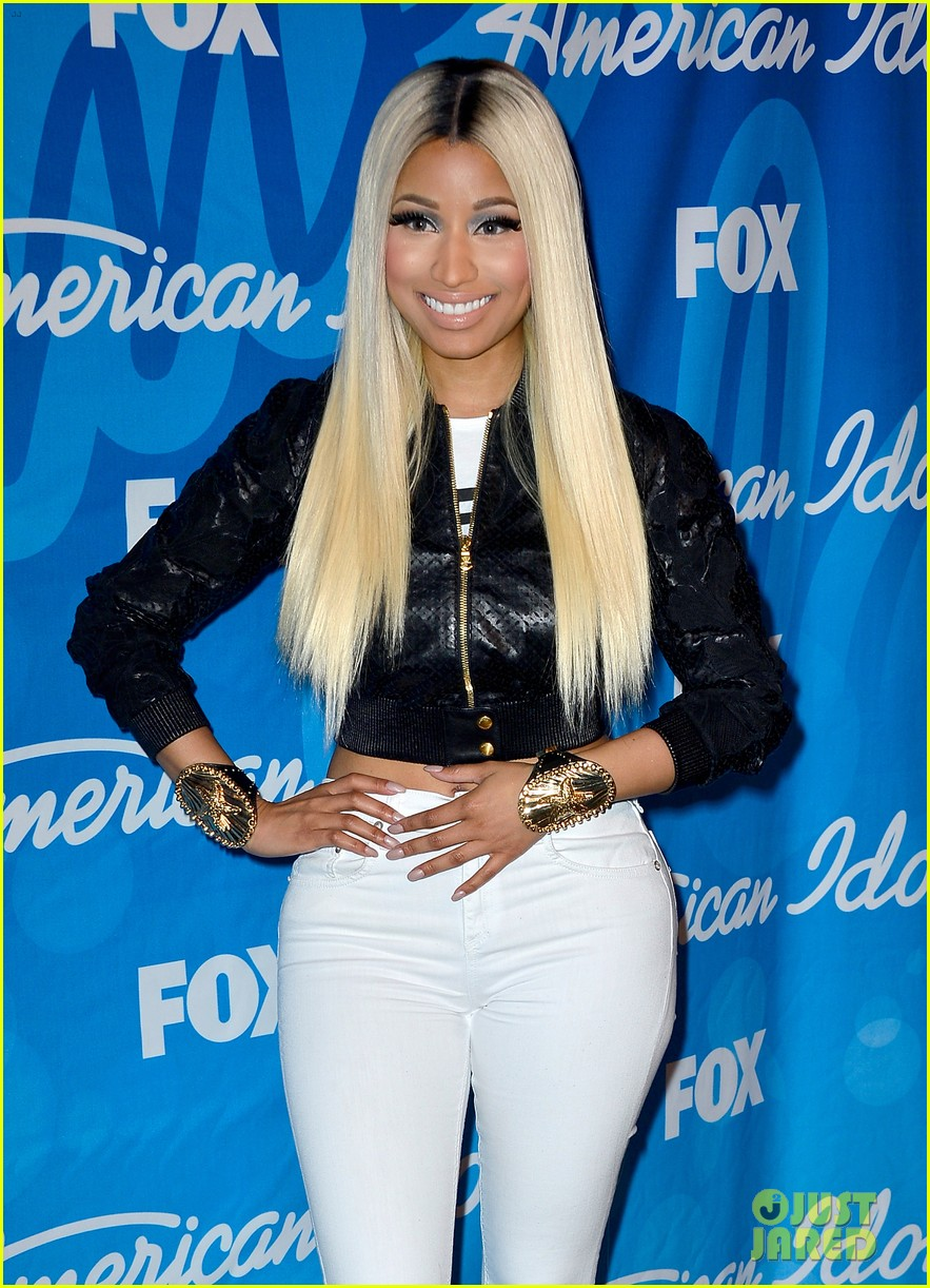 nicki minaj american idol finale press room photos 102872089