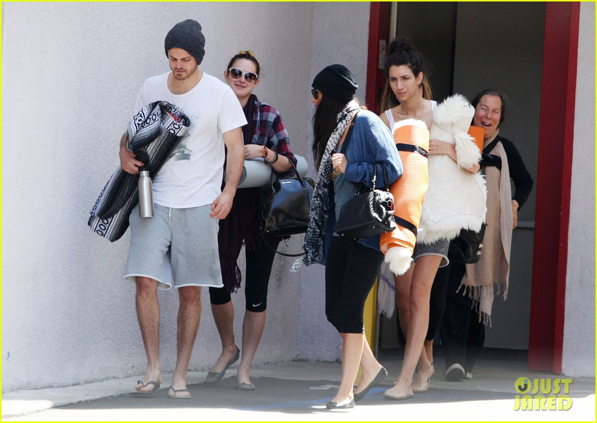 demi moore rumer willis leave yoga class together 172871019