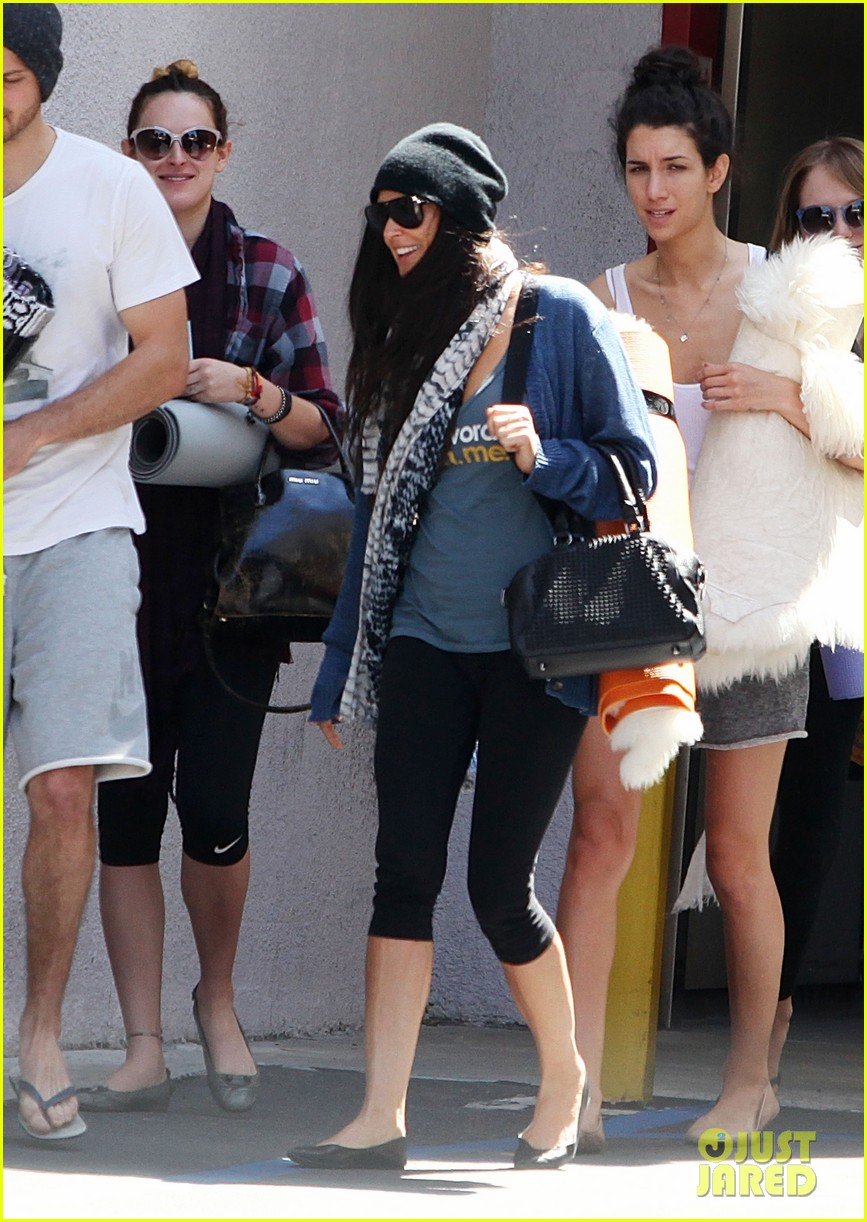 demi moore rumer willis leave yoga class together 222871024