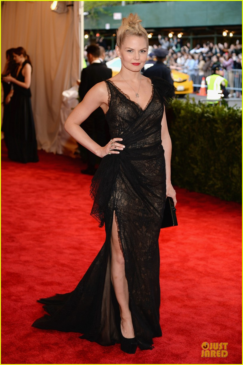 jennifer morrison met ball 2013 red carpet 012865060