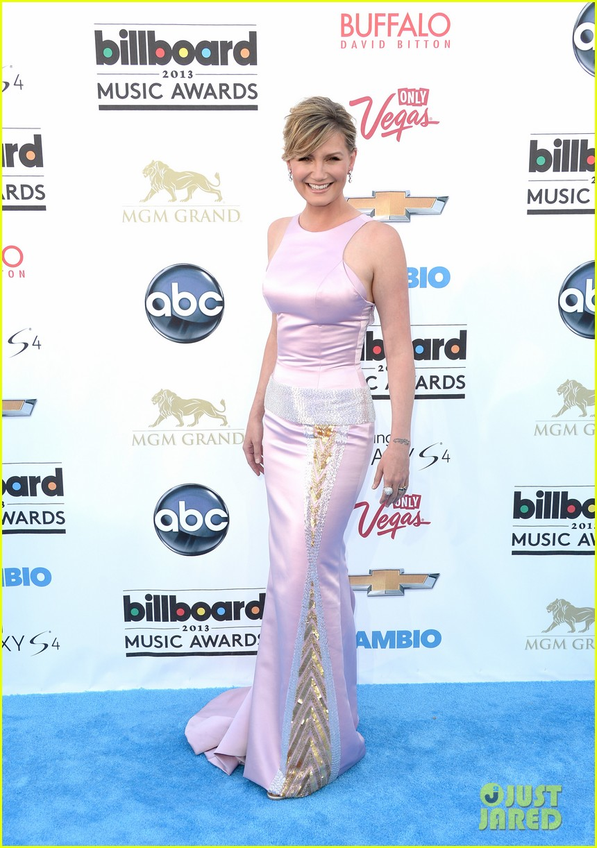 jennifer nettles billboard music awards 2013 red carpet 032873976