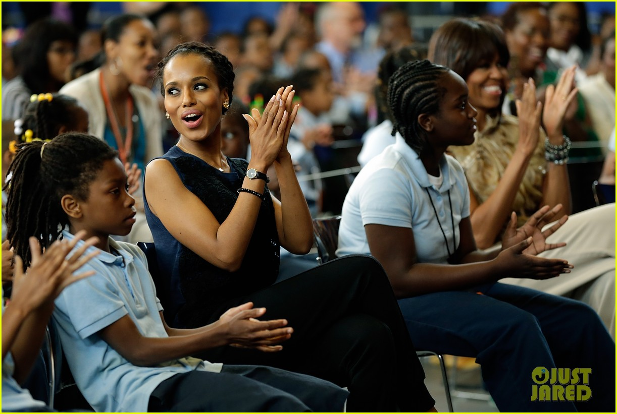 michelle obama kerry washington exercise with savoy school students 202877511