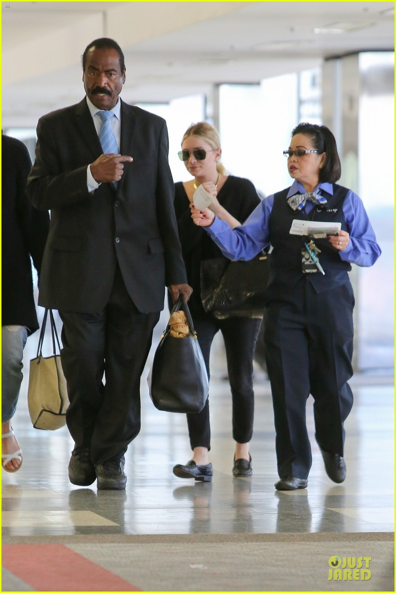 ashley olsen memorial day lax departure 132879662