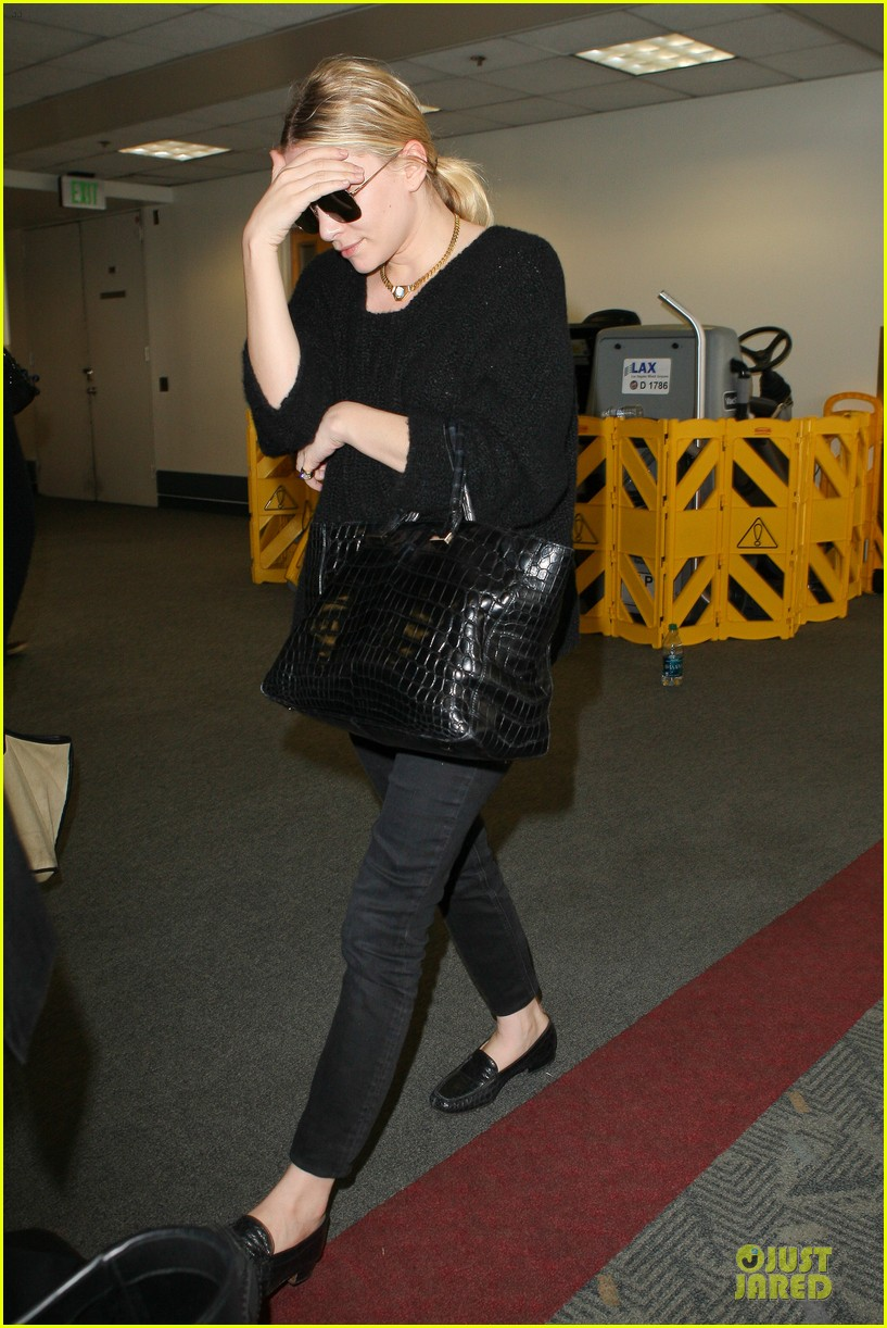 ashley olsen memorial day lax departure 142879663