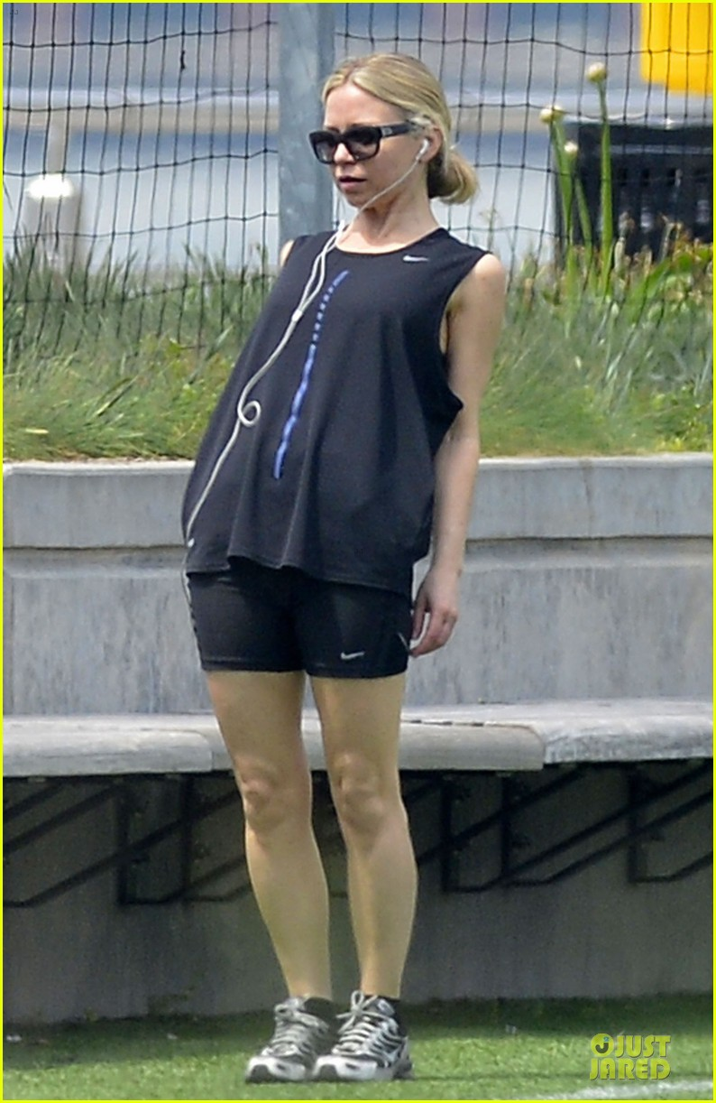 ashley olsen shopping trip after lax arrival 142868598