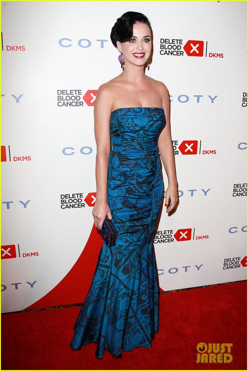katy perry delete cancer gala kinky boots visit 03