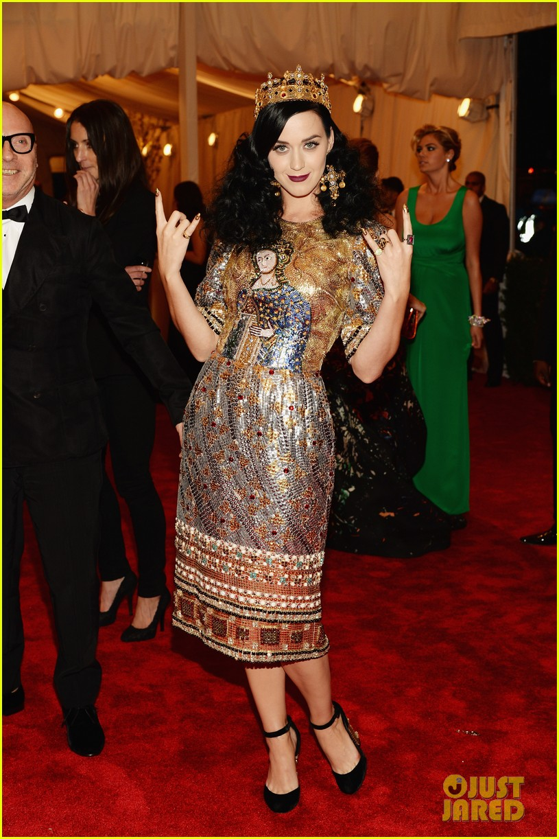 katy perry met ball 2013 red carpet 032865245