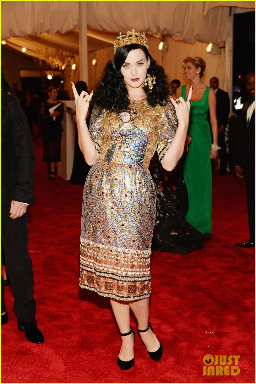 katy perry met ball 2013 red carpet 042865246