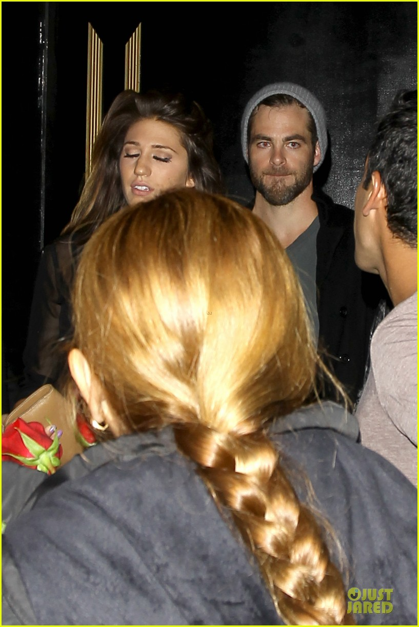 chris pine hold hands with mystery gal at bootsy bellows 222877884