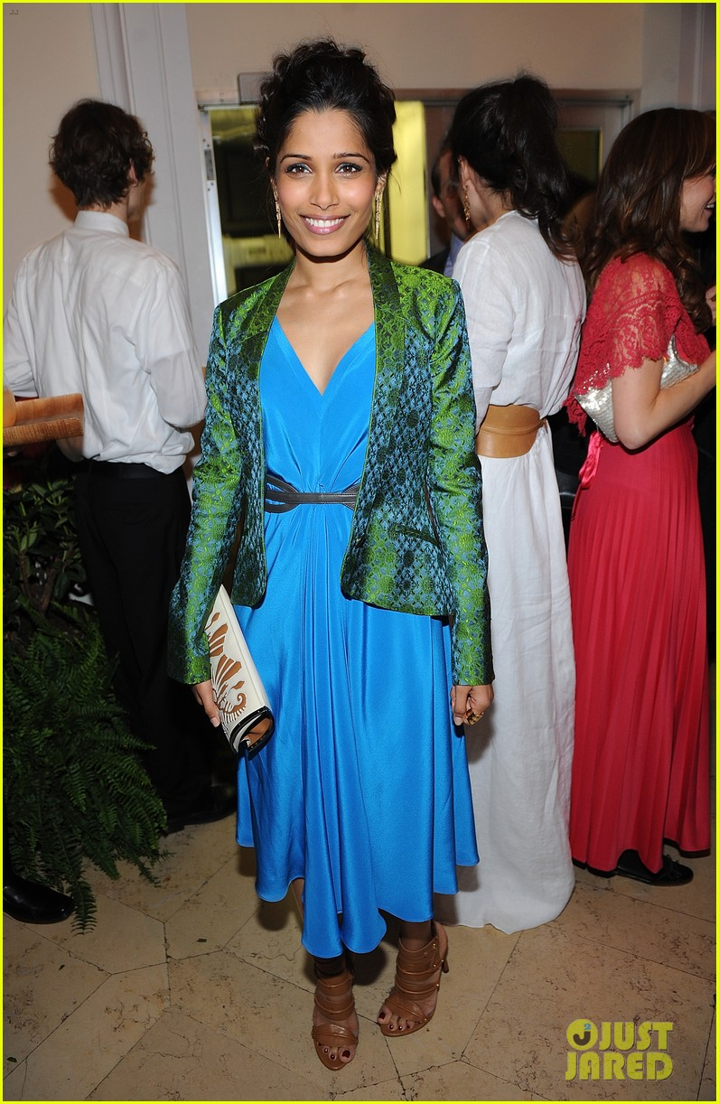 freida pinto maiyet varanasi silk capsule collection dinner 012867679