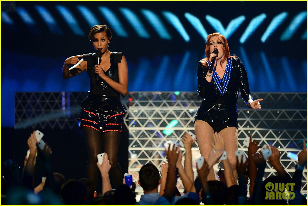 icona pop billboard music awards 2013 performance video 142874329