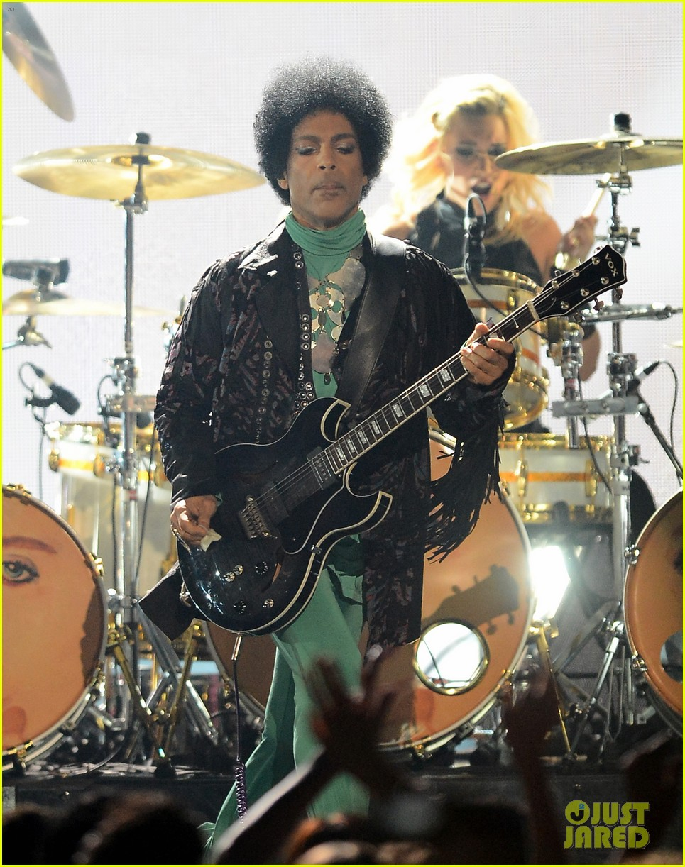 prince billboard music awards 2013 performance video 152874372