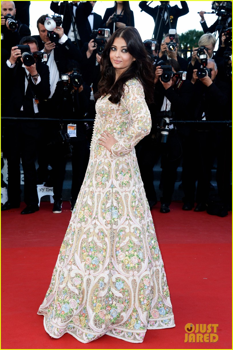 aishwarya rai milla jovovich blood ties cannes premiere 022874766