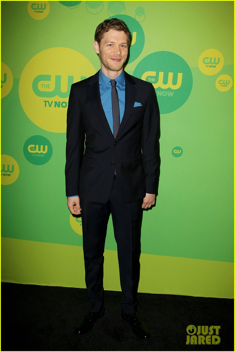 robbie amell matt lanter present new shows at cw upfront 422871891