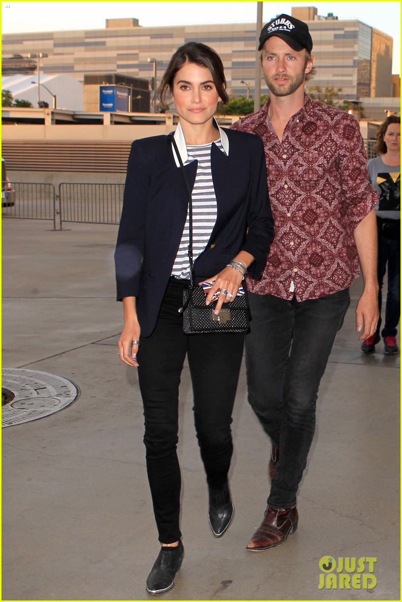 nikki reed paul mcdonald rolling stones concert couple 022864068