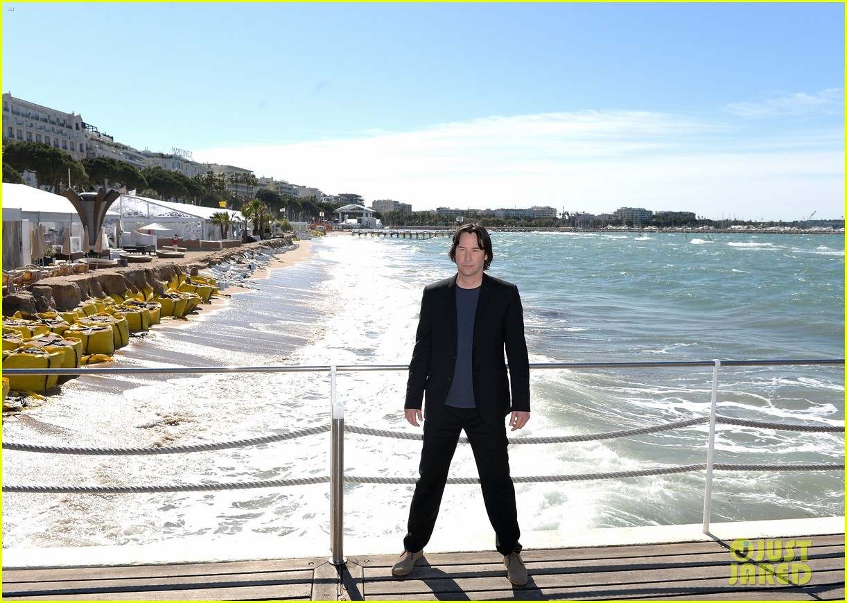 keanu reeves man of tai chi cannes photo call 032874740