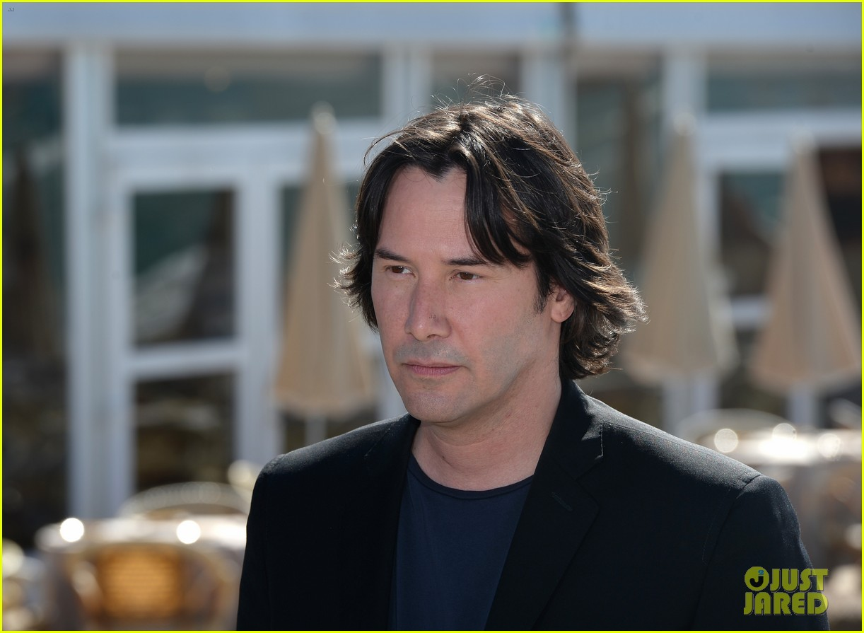 keanu reeves man of tai chi cannes photo call 072874744