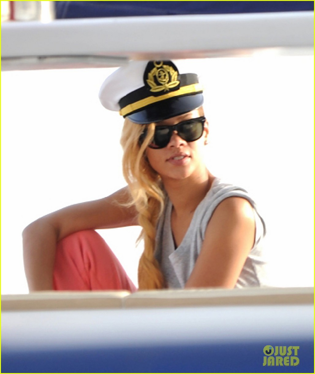 rihanna captains hat for instanbul cruise 022881365