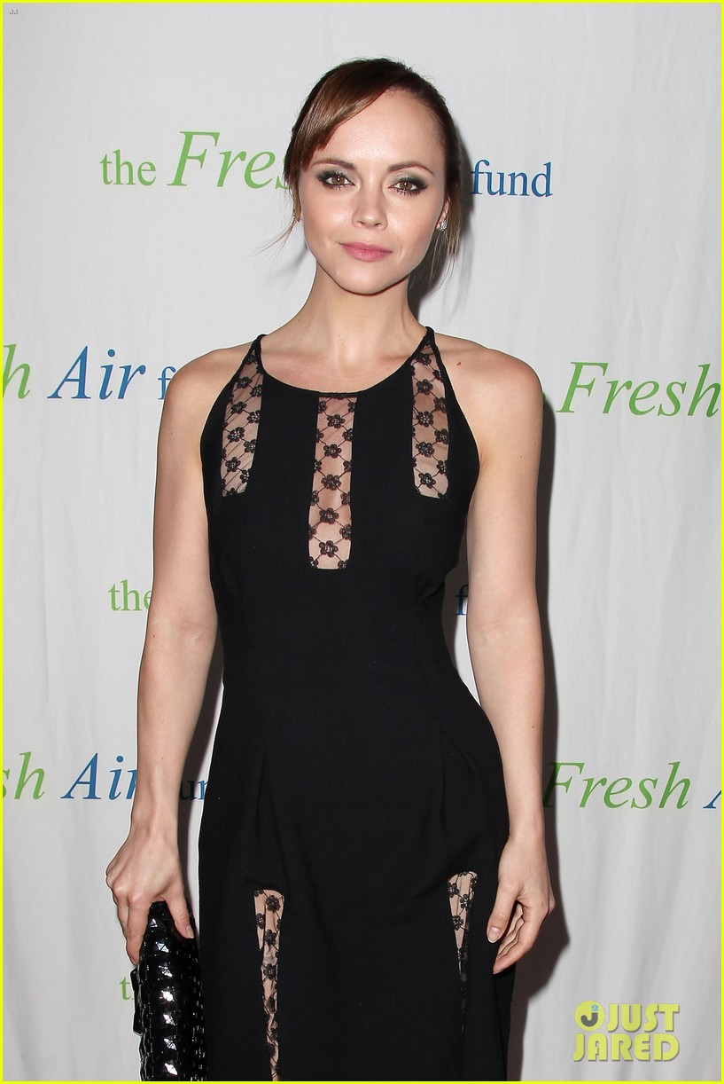 christina ricci fresh air fund event with victor cruz 082881076