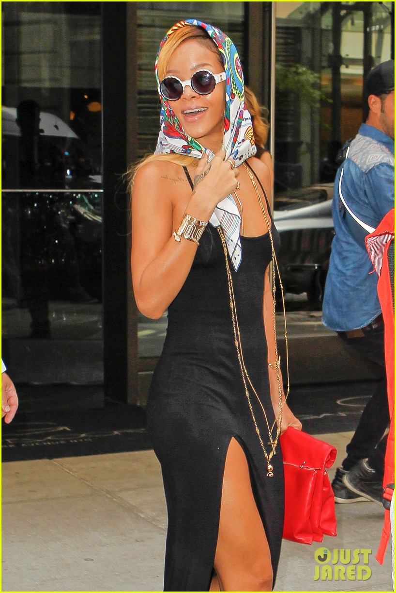 rihanna summer in de air in new york city 02