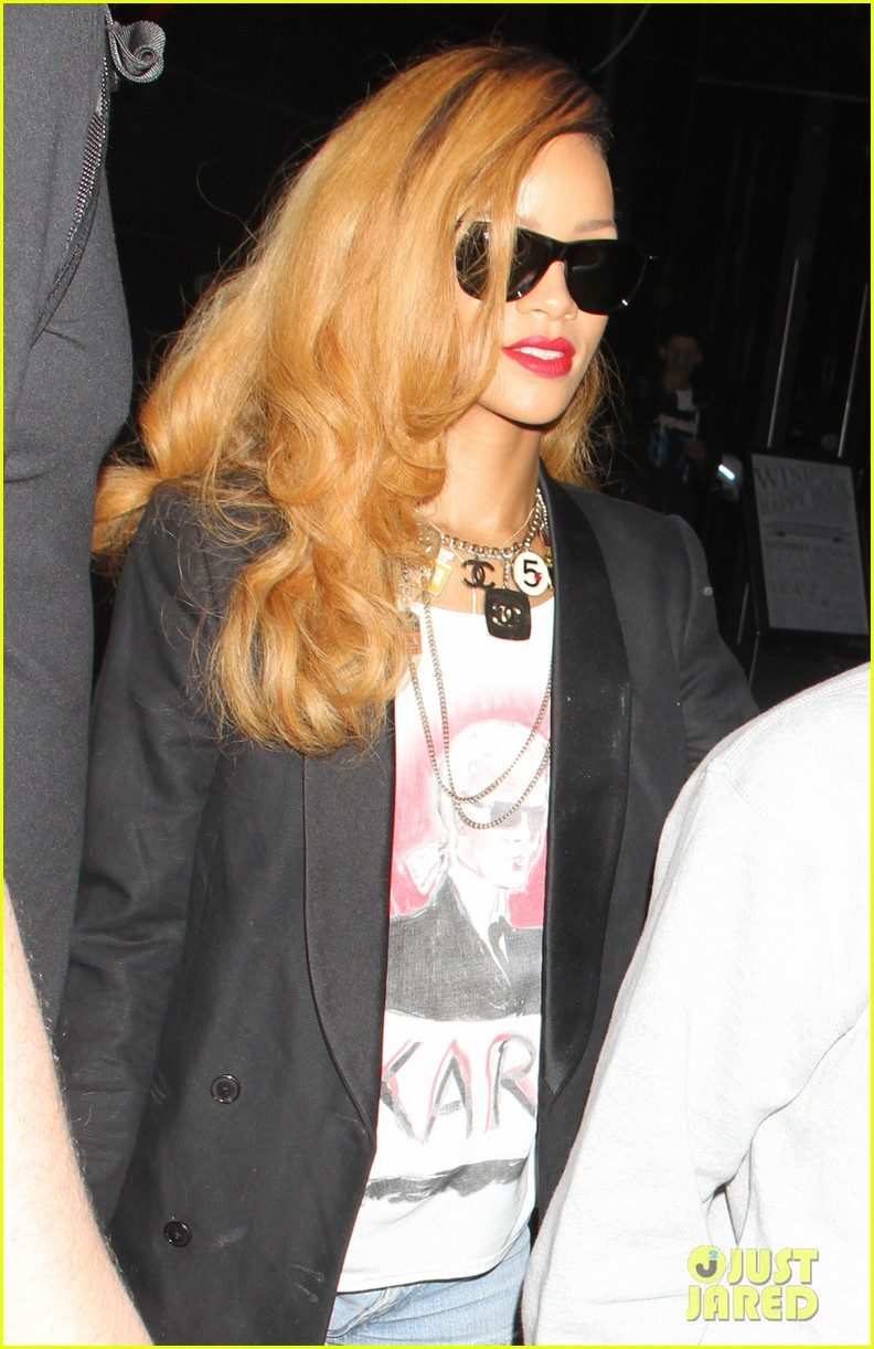 rihanna spends day with favorite guy brother rajad 092867848